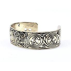 Celtic bracelet with trisquelion, silvered