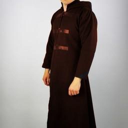 Długi płaszcz brązowy