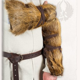 Fur vambrace Finan