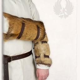 Fur vambrace Sihtric