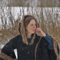 Płaszcz Lilian z futrem