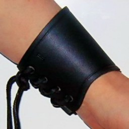 Leather vambrace black, short, L