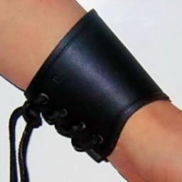 Leren armbeschermer zwart, kort, M