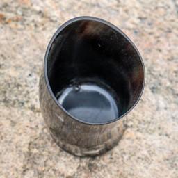 Przygód Cup Horn Cup, Dark