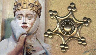 Mittelalterliche Ringbroschen