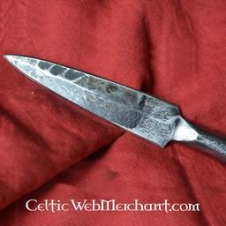 Hand smidda germanska kastespjut spjuthuvud