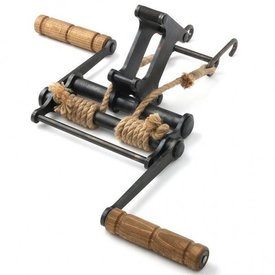 Windlass for traditional crossbows