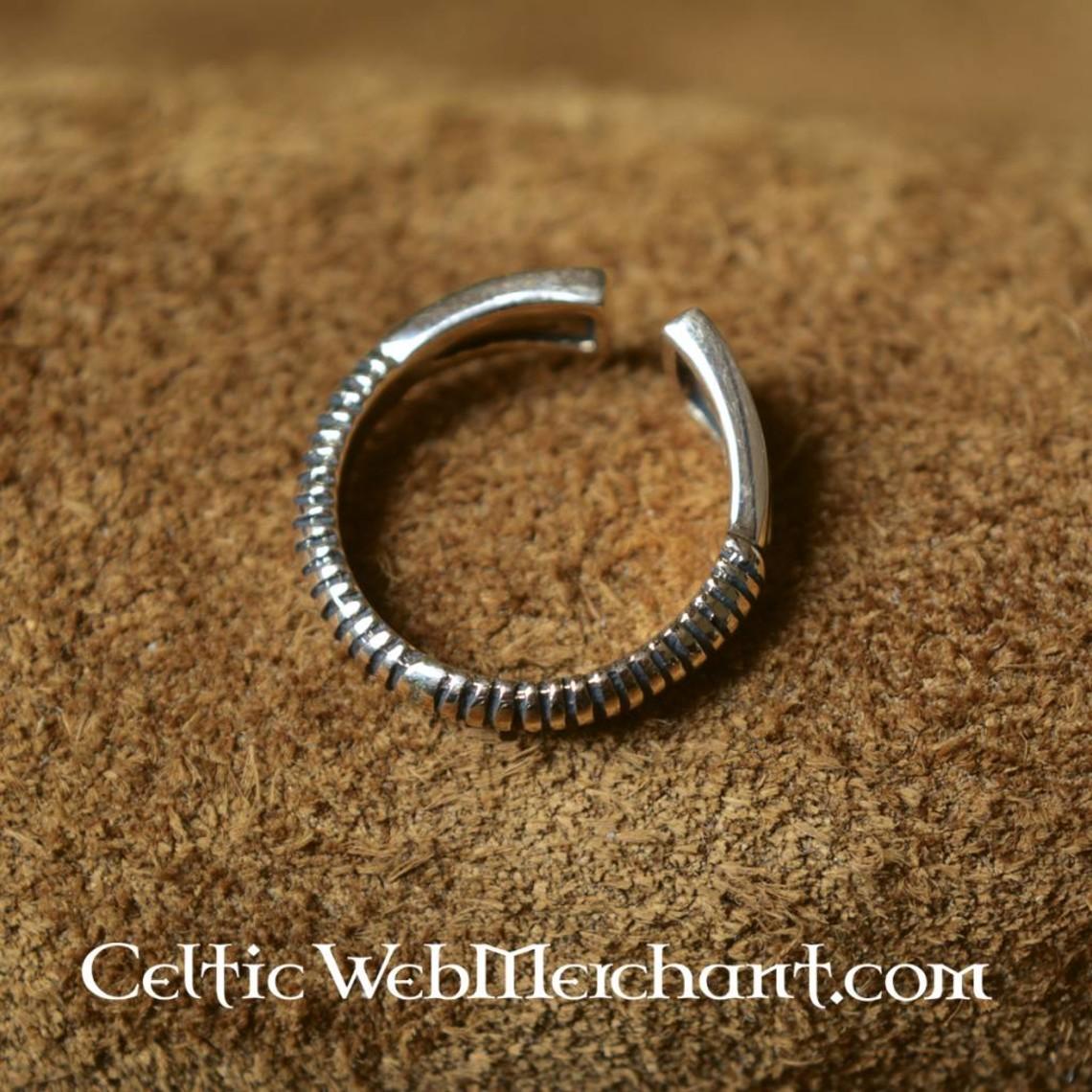 Vikingo Anillo con forma de diamante, bronce