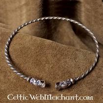 Celtic beard bead with spirals bronze