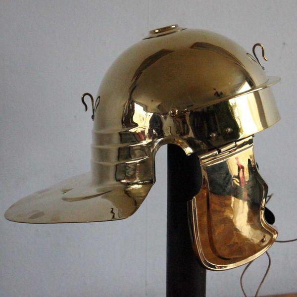 Deepeeka Cesarskiego kursywa czepiec C, Cremona