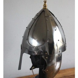 Germanic helmet with cheek flaps