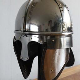 Late-Roman cavalry helmet, Concesti