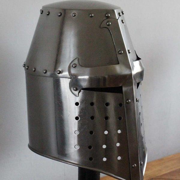 Deepeeka Korsfarere hjelm med indlægget