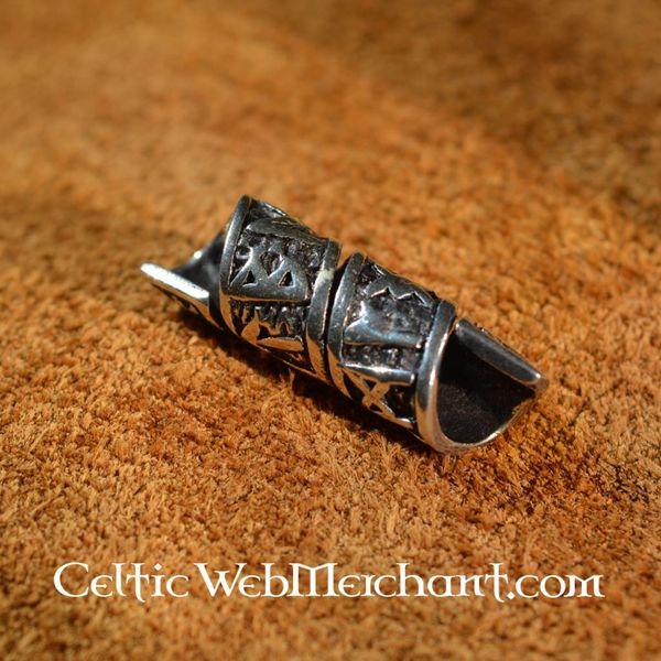 Sølv skæg perle med runeindskrifter