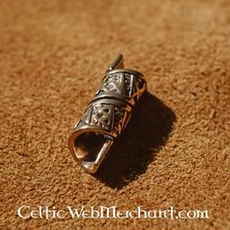 Bronze Bartes bead mit runischen Inschriften