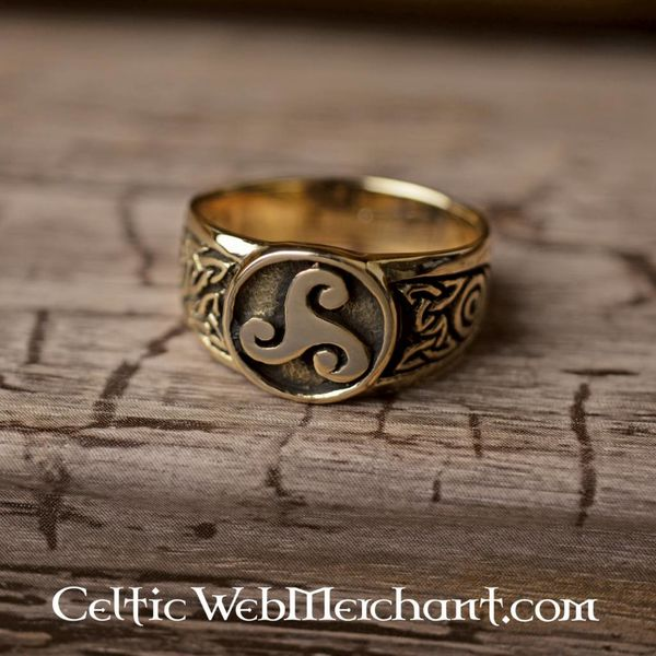 Celtic pierścień Triskelion