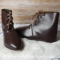 Ulfberth stivaletti medievali con i chiodi delle scarpe