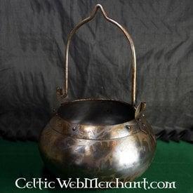 Deepeeka Medieval kettle