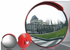 Traffic mirrors for driveways, parkings, garages and industrial sites
