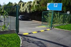Producten getagd met draagbare verkeersdrempel