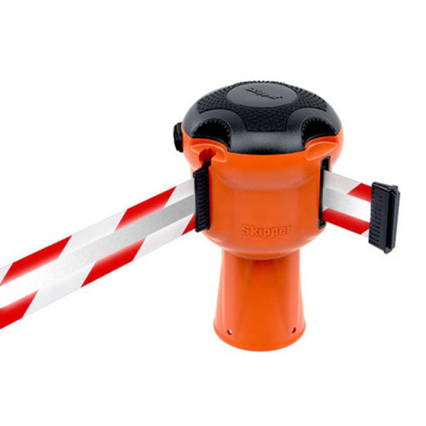 SKIPPER SKIPPER barrier belt unit  with 9 meters red/white reflective tape