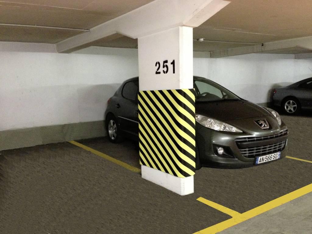 Beroemd Deur stootstrips voor garages en parkings | TRAFFIC-shop VL04