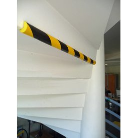Rounded foam corner guard strips