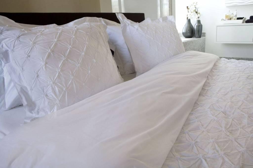 Hnl Supreme Bettwäsche Como White 2 Größen Teppich Hemsing