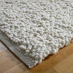 Tisca Hand-woven carpet | Olbia COLLINA