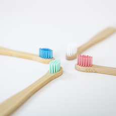 Wild and Stone Bamboe baby tandenborstel  - 4 stuks - extra zacht