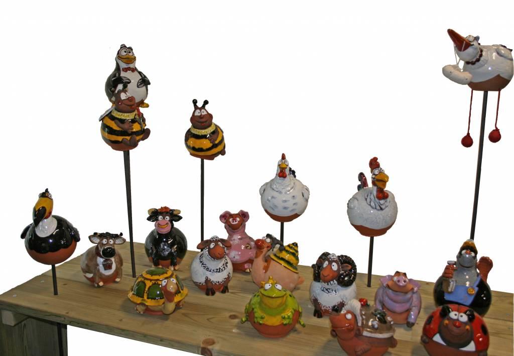 """De """"gewone"""" decoratieve tuinbollen van keramiek"""
