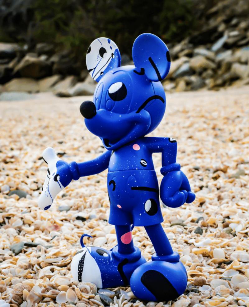 Mickey Cosmic Blue by Thomas Dariel 30cm-2