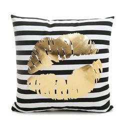 Gold Kiss | 45 x 45 cm | Kussenhoes | Katoen/Polyester
