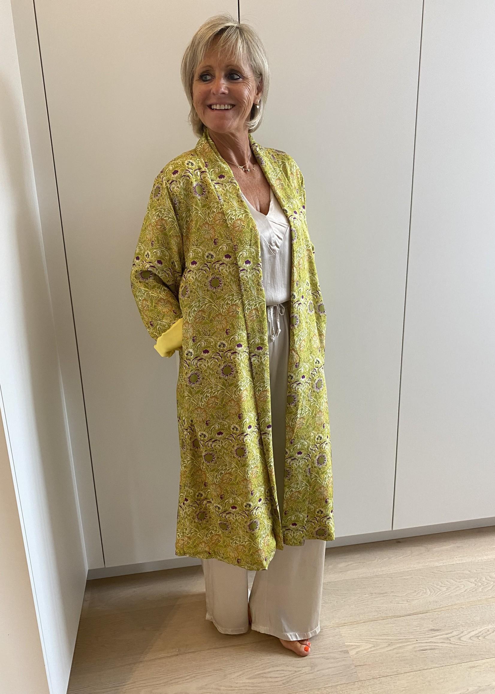 Love Brede glanzende broek van onze comfysuit grijs/beige