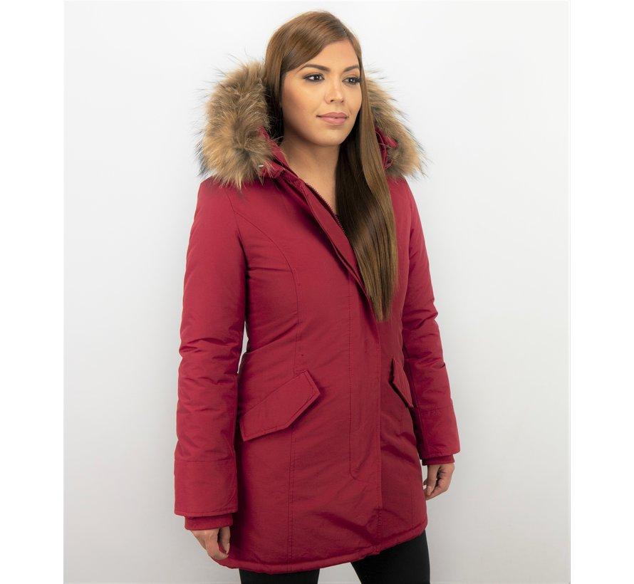 Lange Getailleerde Dames Winterjas  - Met Grote Bontkraag - Rood