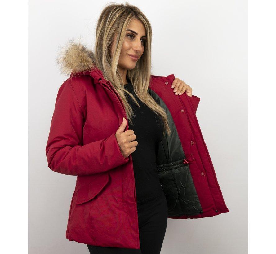 Rode Getailleerde Dames Winterjas  - met Kleine Bontkraag