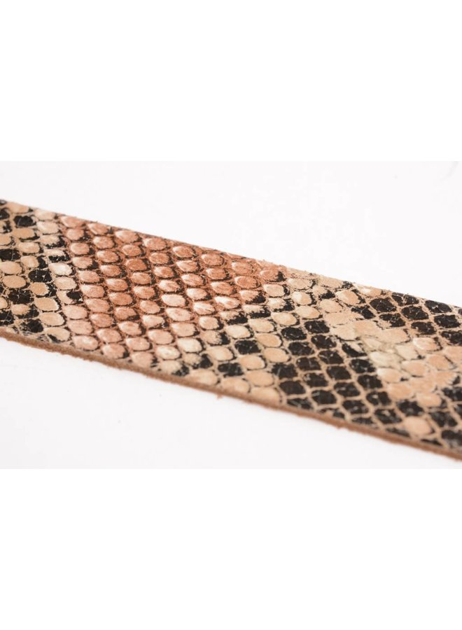 Stoere elegante damesriem met snake-print
