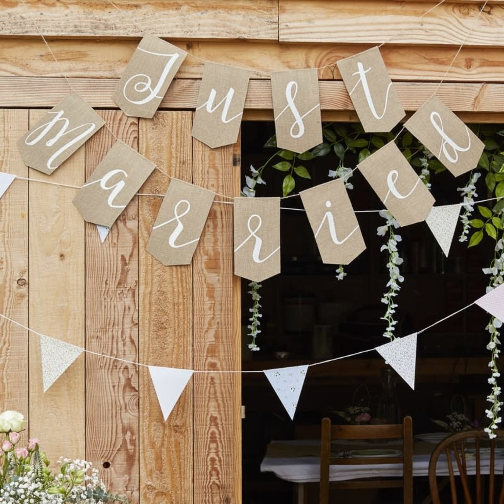Bunting - Just Married - Hessian