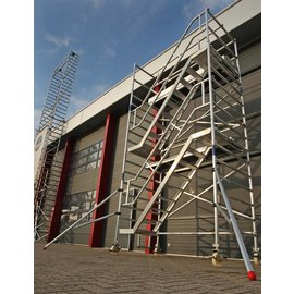 AC Steigtechnik Treppenturm 135-305 mit 6 m Arbeitshöhe