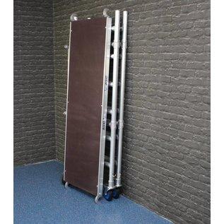 AC Steigtechnik Zimmerfahrgerüst mit massivem Knick-Scharnier, Rollen 150 mm, TÜV/GS