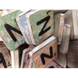 Thils Living houten letters & tekens Scrabble Letter N