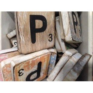 Thils Living houten letters & tekens Scrabble Letter P