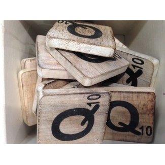 Thils Living houten letters & tekens Scrabble Letter Q