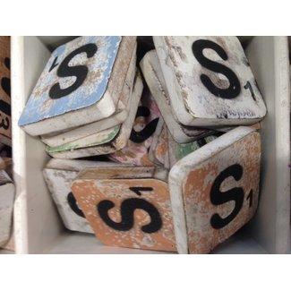 Thils Living houten letters & tekens Scrabble Letter S