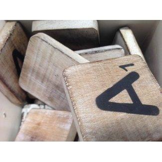 Thils Living houten letters & tekens Scrabble Letter A