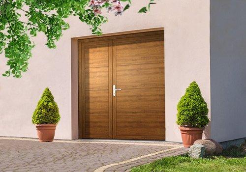 Zweiflügelige Nebentüren