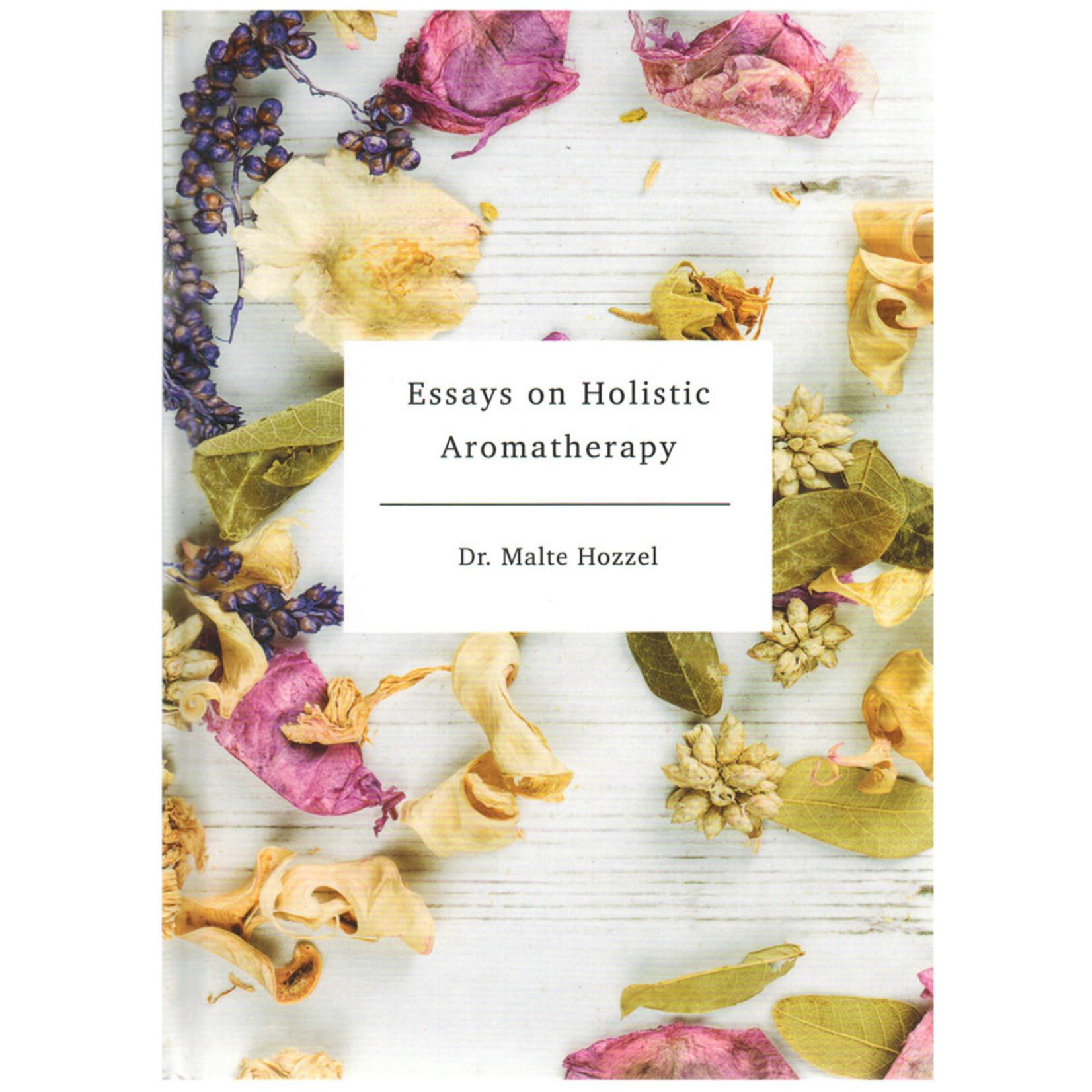 Oshadhi Boek - Essays on Holistic Aromatherapy - Dr. Malte Hozzel