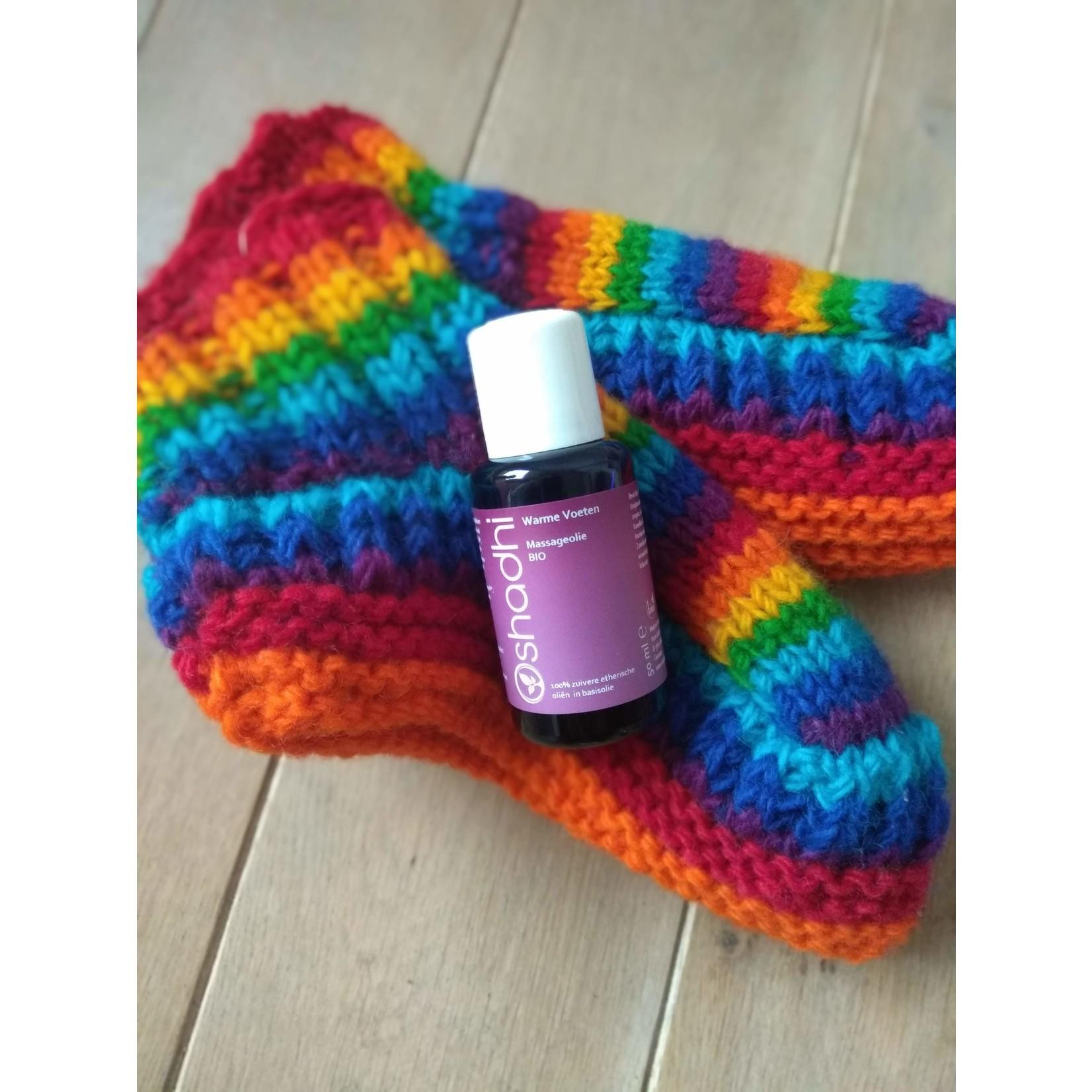 Nooit-meer-koude-voeten-pakket met de warme voetenolie & wollen sokjes