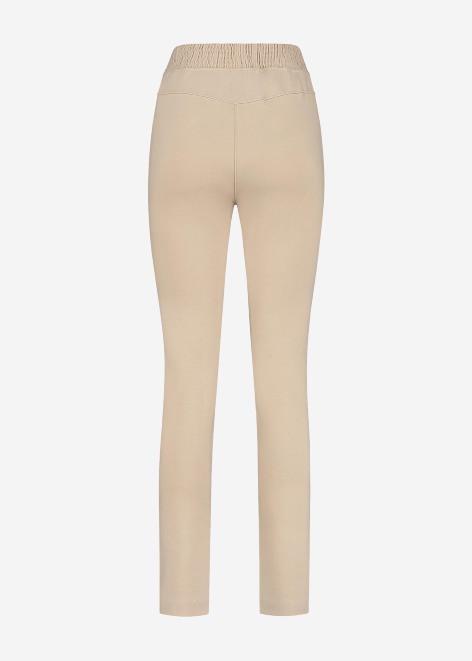 NIKKIE PUNTA CLASSIC PANTS comfortabele broek met logo knopen