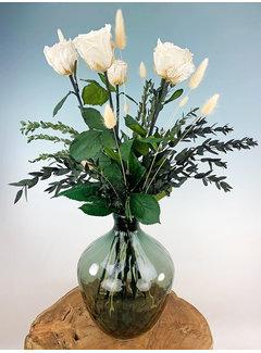 Exclusief   Witte rozen incl. Traun Vaas